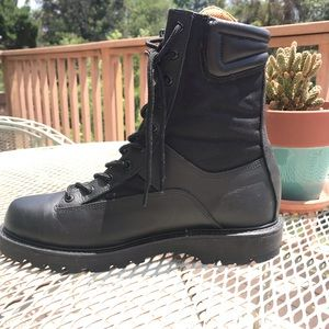 Vibram structural firefighting boots